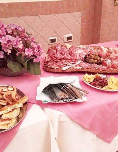 Ristorante-Pizzeria-la-Perla-Rosa-Sassari---Buffet,-cerimonia,-catering,-matrimonio,-laurea,-pranzo-di-lavoro-11