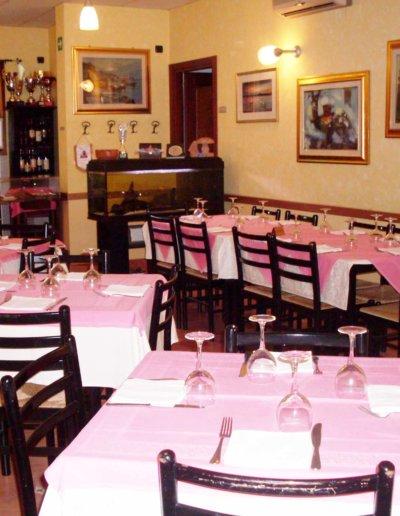 Ristorante-Pizzeria-la-Perla-Rosa-Sassari---Buffet,-cerimonia,-catering,-matrimonio,-laurea,-pranzo-di-lavoro-15