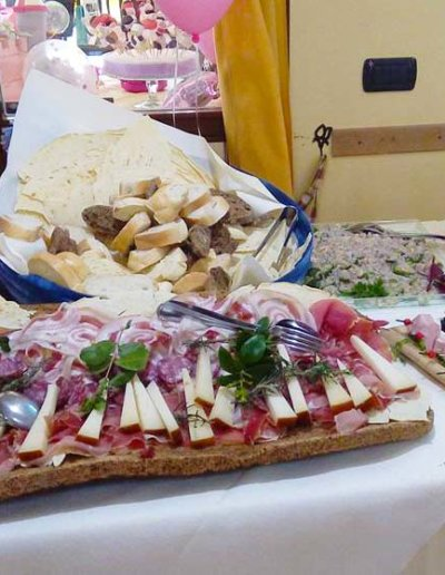Ristorante-Pizzeria-la-Perla-Rosa-Sassari---Buffet,-cerimonia,-catering,-matrimonio,-laurea,-pranzo-di-lavoro