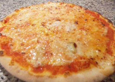Ristorante-Pizzeria-la-Perla-Rosa-Sassari--pizza margherita