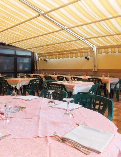 Ristoranti Sassari - LA PERLA ROSA RISTORANTE PIZZERIA veranda all'aperto