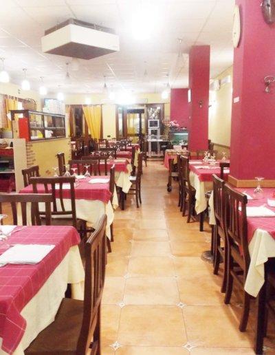 ristorante-pizzeria-La-Perla-Rosa-Sassari-sala-interna